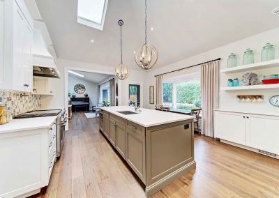 136 Trelawn Avenue Oakville | Kitchen-(3)