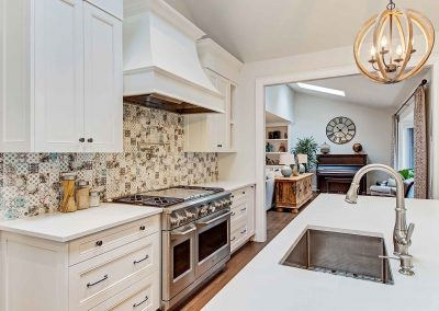 136 Trelawn Avenue Oakville | Kitchen-(5)